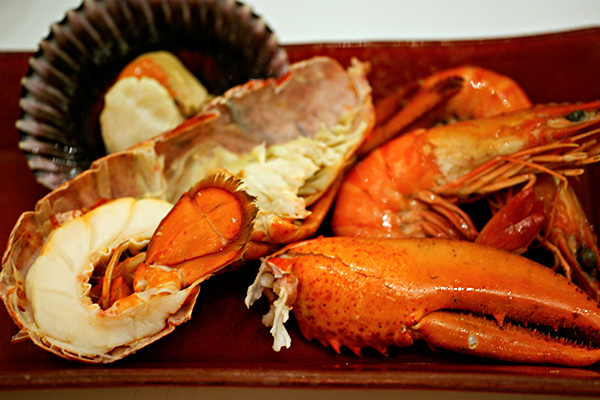 Chilled seafood selection