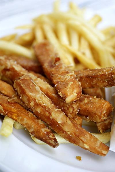 Sweet potato & truffle fries