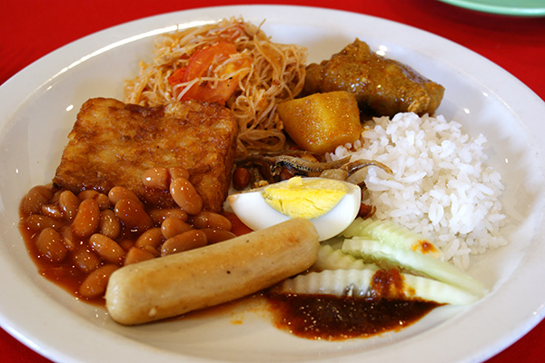 The good: nasi lemak with chicken curry; beehoon goreng. Not so good: sausage, baked beans, hashbrown.