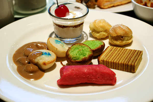Nyonya kueh and pastries