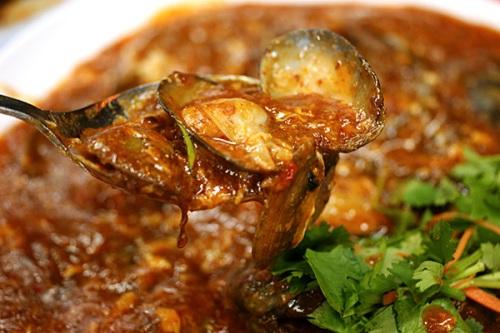 Mussels in spicy gravy