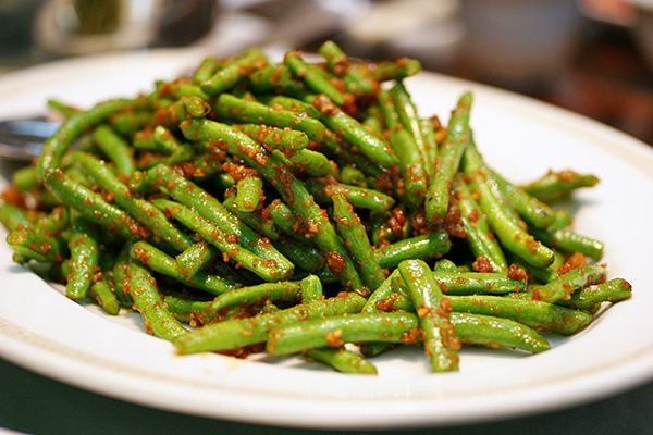 Stir-fried French bean with sambal